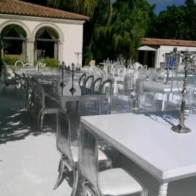 Diamond_Chair_at_Fischer_Island_planner_Kasey_Wedding