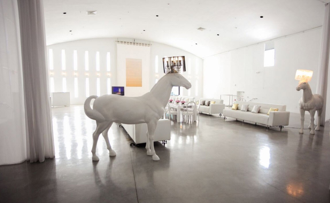 Horse Lamp Life Sized White Bubble Miami
