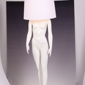 lamp_girl