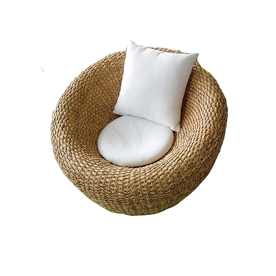 Ball-chair-seagrass