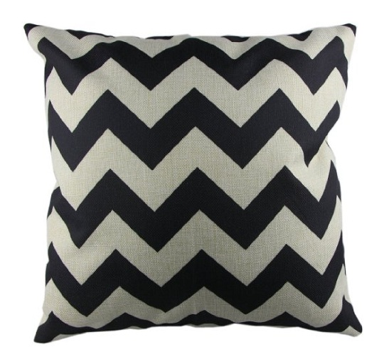 pillow_ZigZag-black-and-white-