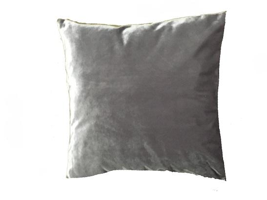 pillow_silver_velvet